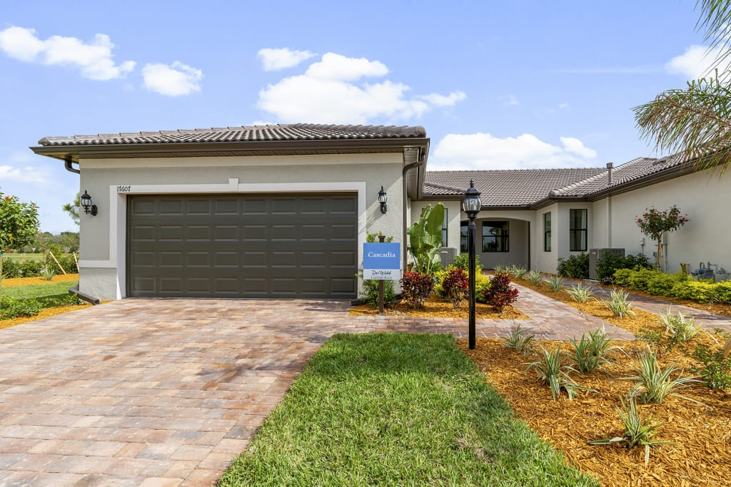 Cascadia in Del Webb LWR on Homesite 733